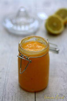 Un bon lemon curd crémeux et fruité pour garnir tartes, biscuits, macarons...