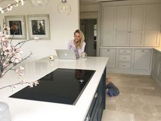 Just a Little Build - My life + Our home + The build Open Plan Kitchen Living Room, Long Kitchen, Kitchen Family Rooms, Open Plan Living, Beautiful Kitchen Designs, Beautiful Kitchens, Farrow Ball, Layout Design, Design Art