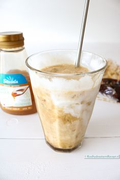 Iced cappuccino met kokosmelk   KoolhydraatarmRecept.nl Iced Cappuccino, Coffee Facts, Low Carb Diet, Smoothies, Clean Eating, Healthy Recipes, Healthy Food, Food And Drink, Keto