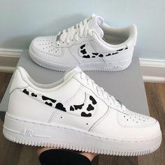COW PRINT AIR FORCE 🤍 sizing is in women's. Custom Sneakers, Custom Shoes, Custom Af1, Custom Converse, Zapatillas Nike Jordan, Nike Shoes Air Force, Air Force Jordans, Air Force Sneakers, Sneakers Nike