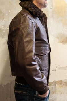 Schott Pilot Leather Jacket LC2131 with a removable collar - available @ http://bootsjeansandleathers.com/mens-leather-jackets/schott-brown-leather-jacket-lc2131# for £310