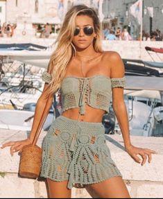 Crochet Top and Mini Skirt , Beachwear, Boho Hippie , Festival Clothing . Crochet Top and Mini Skirt Crochet Skirt Outfit, Crochet Skirts, Crochet Clothes, Crochet Top, Crochet Summer, Free Crochet, Boho Hippie, Top Y Pollera, Bikinis Crochet