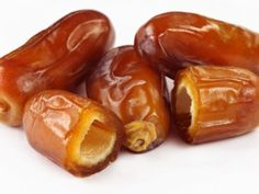 Dates Are The Healthiest Fruit And Also A Cure – The Power Of Nature - Nutrition Vitamins Best Fruits, Healthy Fruits, Healthy Eating, Fruit For Diabetics, Reduce Cholesterol, Cholesterol Levels, Calories, Natural Cures, Natural Health
