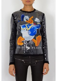 Philipp Plein | 'Donald' Pullover Black | This amazing pullover comes with a funny print of Donald duck on the front and it is completely covered in sequins, which make the piece very glamorous. Wear it with jeans and sneakers to have a stylish casual look.