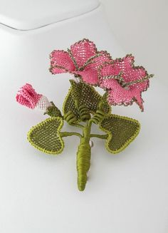 Turkih Oya Pink Flowers Brooch Crochet Silk by lecrinmuguet