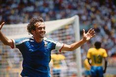 Quarter final of the 1986 FIFA Soccer World Cup France vs Brazil France won 43 after penalties Michel Platini celebrates scoring a goal Michel Platini, France Vs, Football Photos, Soccer World, Fifa World Cup, Finals, Brazil, Couple Photos, Celebrities