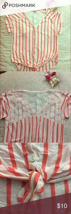 Charlotte Russe Striped & Knotted Coral Shirt Lace patterned upper back, knotted in the front, buttoned up short sleeve. Like new, waiting for love! ❤️ Charlotte Russe Tops