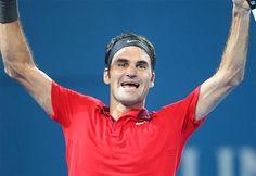 Glückwunsch! @rogerfederer gewinnt das #ATP-Finale in #Brisbane mit 6:4, 6:7 (2:7), 6:4 gegen Milos Raonic. #Tennis