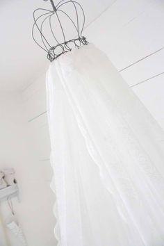 Underbara Saker - Som IHimlen Rum, Ikea, Curtains, Shower, Wedding Dresses, Fashion, Rain Shower Heads, Bride Dresses, Moda