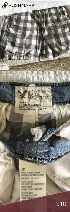American Eagle plaid Men's shorts Got a little big on my husband but still have life in them.  American eagle casual shorts for every day wear. American Eagle Outfitters Shorts Flat Front