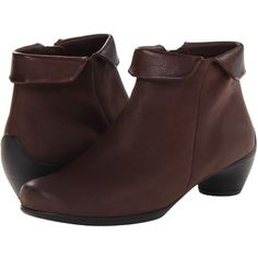 ECCO Sculptured Folded Zip Bootie (Coffee/Coffee Starbuck/Old West)... ($109) ❤ liked on Polyvore featuring shoes, boots, ankle booties, mahogany, leather bootie, leather platform boots, leather ankle booties, bootie boots and fold over ankle boots