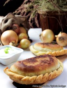 Australian Pie, Polish Recipes, Polish Food, Pierogi, Ravioli, Food Inspiration, Camembert Cheese, Muffin, Food And Drink