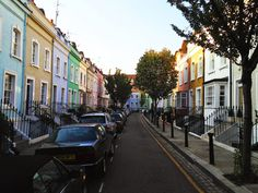 Colorful houses are common in London's Chelsea: a fascinating place to run!