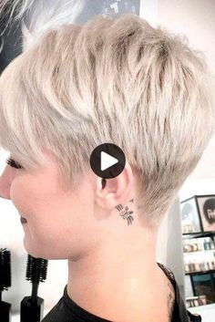 Best pixie cut ideas for modern ladies Hairstyles For Seniors, Haircuts For Fine Hair, Cute Hairstyles For Short Hair, Hairstyles For Round Faces, Cool Haircuts, Pretty Hairstyles, Pixie Cut Styles, Short Hair Styles For Round Faces, Short Hair Cuts For Women
