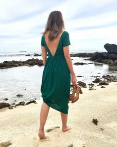 Look du jour : robe personnalisable Charlotte Auzou Diy Fashion, Fashion Show, Casual Wear, Casual Outfits, Leg Of Mutton Sleeve, Sequin Party Dress, Custom Dresses, Lace Sleeves, The Dress
