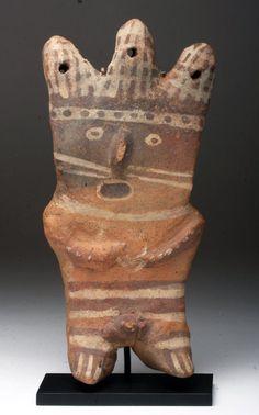 ? Four-Cornered Hat ?  Chancay /Huari / Wari Standing Male Figure. Pre-Columbian, Peru, Chancay culture, ca. 1000-1500 CE.