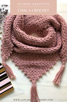 Crochet Hooded Scarf, Crochet Scarves, Crochet Shawl, Diy Crochet, Crochet Stitches, Fleece Scarf, Crochet Shoes Pattern, Crochet Slippers, Crochet Patterns