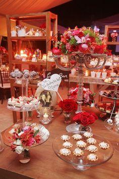 Mesa de dulce estilo vintage y romantico.Boda organizada por Six sens en la Hacienda San Diego Tixcacal en  Yucatán.