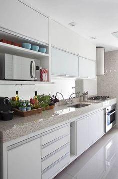 Cozinha Funcional e Clean! Kitchen Interior, Home Interior Design, Kitchen Decor, Decorating Kitchen, Decorating Ideas, Decor Ideas, Classic Kitchen, Plafond Design, Kitchen Sets