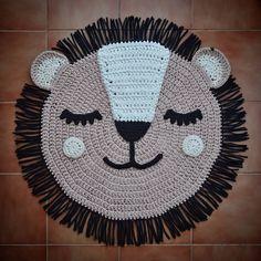Used Carpet Runners For Sale Crochet Lion, Crochet Animals, Baby Blanket Crochet, Crochet Baby, Crochet Carpet, Crochet Home, Diy Crochet, Animal Rug, Painting Carpet
