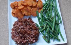 morcovi, orez brun, fasole verde Green Beans, Chicken, Meat, Vegetables, Food, Green, Essen, Vegetable Recipes, Meals