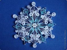 Поделка изделие Новый год Квиллинг Снежинки Бумага фото 1