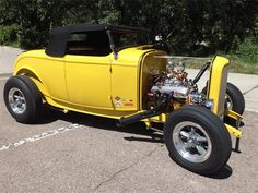 1932 Ford Roadster   705202