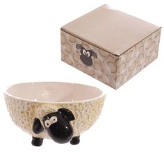 I love these cute creature/animal bowls and cups!