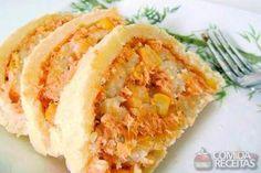 Receita de Rocambole de frango diferente em Salgados, veja essa e outras receitas aqui!