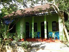 Nice and Cozy Light Green House in Induruwa