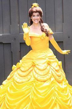 Disneyland Character Greeting (by capekuma) Cute Costumes, Disney Costumes, Disney Cosplay, Walt Disney Co, Disney Parks, Disney Magic, Disney Style, Disney Love, Prince And Princess