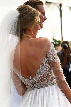 Brat Paris Hilton wziął ślub, a my zakochałyśmy się w sukni jego żony! Big Wedding Dresses, Wedding Dress Pictures, Tulle Wedding, Chic Wedding, Bridesmaid Dresses, Wedding Ideas, Green Wedding, Wedding Shoes, Perfect Wedding