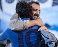 Miguel (Domingos Montagner) se despede de Felipe (Michel Noher), no último capítulo da novela 'Sete ... - Divulgação, TV Globo
