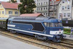 REE MODELES - Locomotive BB67039, Dépôt de RENNES