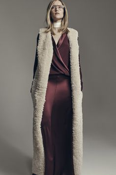 Hellessy Fall 2016 Ready-to-Wear Fashion Show #shearling #wine