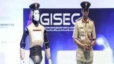 The world's first operational Robocop has been unveiled in Dubai as part of the emirate's planned robot police force.  The Robocop started work on Sunday and it's already getting popular.   #Crime #Dubai #police force #Security #The World's First Robot Police Officially Start Work In Dubai