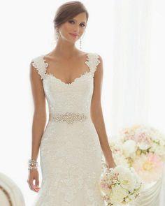 wedding-dress-vestido-de-noiva.13.jpg 800×1000 pixels