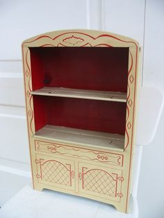 For toy china: a #Wolverine hutch.  Hadn't seen this one by Wolverine.  Barb M.