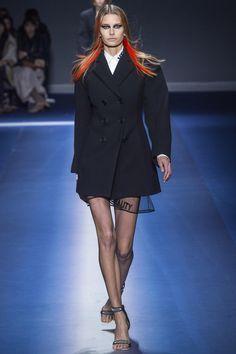 Défilé Versace prêt-à-porter femme automne-hiver 2017-2018 1