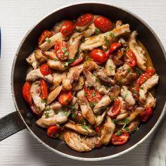Γρήγορα φιλετάκια κοτόπουλου με μέλι, σκόρδο και ντοματίνια