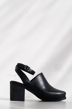 Leather Picnic Heel - Black