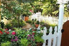 small-space-kitchen-garden