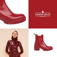 Nothing like a winter love   Killer, don't you think? The usual LJ booty shape, but with the high heel plus. The PVC shine in strong colours. #jellyshoes #winterboots