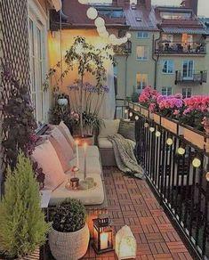 Adding Minimalist Garden on Your Balcony Small Balcony Decor, Balcony Plants, Outdoor Balcony, Balcony Ideas, Balcony Chairs, Balcony Garden, Home Decor Shops, Diy Home Decor, Photo Deco