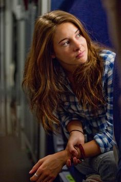 Alexandra King the Descendants Shailene Woodley 2011 Disney Divergent, Shailene Woodly, The Spectacular Now, Female Character Inspiration, The Fault In Our Stars, Celebrity Outfits, Woman Crush, Pretty People, Actors & Actresses