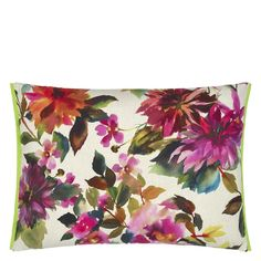 Designers Guild Manchu Fuchsia Outdoor Pillows are the perfect way to create a bright painterly Asian inspired outdoor scenario. Wallpaper Samples, Fabric Wallpaper, Plastic Patio Chairs, Floral Cushions, Painting Studio, Home Landscaping, Designers Guild, Luxury Home Decor, Outdoor Cushions