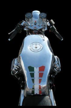 Moto Guzzi #caferacer #motos #motorcycles   caferacerpasion.com