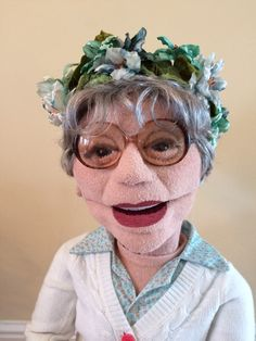 Images of figures made by MAT Puppets, and entrance to image galleries. Felt Puppets, Puppets For Kids, Marionette Puppet, Finger Puppets, Living Puppets, Ventriloquist Puppets, Professional Puppets, Types Of Puppets, Puppet Patterns