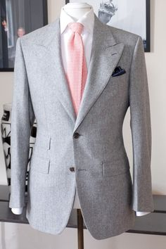 Hot pink tie with grey suit | Well Groomed | Pinterest | Pink ties ...