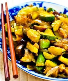 This simple Garlic-Lover's Vegetable Stir-Fry is one of the Top Ten Most Popular Low-Carb Zucchini Recipes on Kalyn's Kitchen, and it's a perfect way to use garden vegetables, or make this low-carb, gluten-free, dairy-free side dish any time of year with veggies from the store! Click here to PIN Garlic Lover's Vegetable Stir-Fry!. Even if …